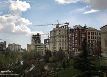 Tehran Home Sales Decline