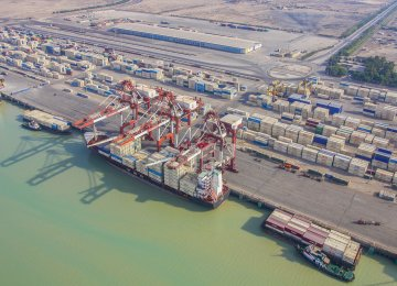 Iranian Commercial Ports Activities Increase by 14% in 5 Months