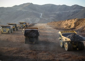 Major TSE-Listed Mining Firms' Sales Rise 55% to $1.9 Billion