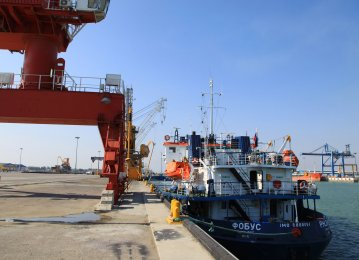 Exports From Amirabad Port Rise 27% in First Quarter
