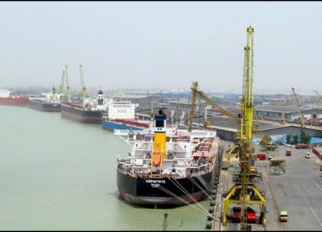 Imam Khomeini Port Throughput Grows 12%