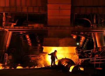 Tepid Growth in Iran Steel Production