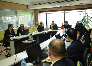 Chinese Delegation Ready to Supply Pharmaceutical Raw Materials