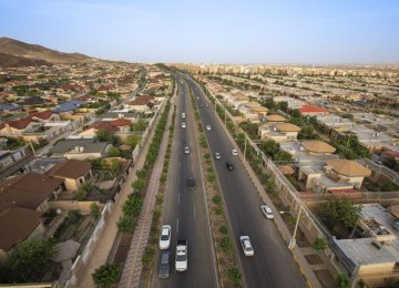 Iran: 13 Satellite Towns in the Making
