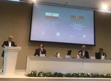 Iran Economy Minister in Baku to Expand Economic Cooperation