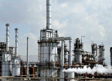 Abadan Refinery Gasoline  Production Capacity at 12 ml/d