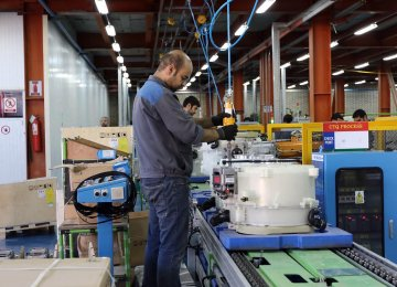Iran's CB Again Comes to the Aid of Manufactures: $5 Billion to Help Boost Production