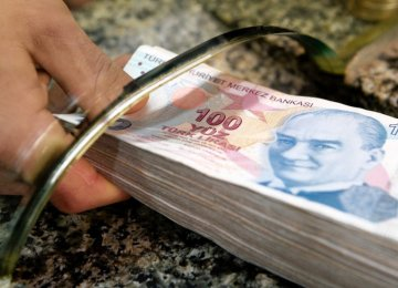 Iran Turkey Start Using Nat L Currencies In Trade