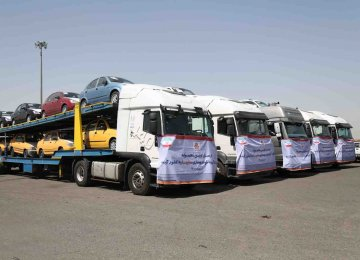 Iranian carmakers hope to expand exports in neighboring countries by offering a wider range of products.