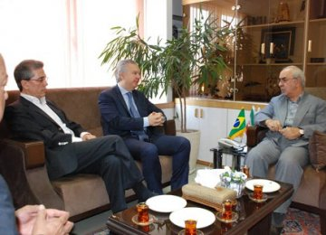 Iran, Brazil Eye Enhanced Automotive Relations
