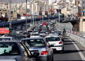 Millions of Hours Down the Drain in Tehran's Massive Traffic Snarls