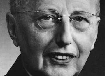 "Debate on Louis Hjelmslev's ""Prolegomena to a Theory of Language"""