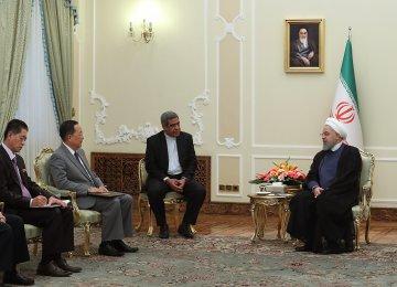 Rouhani Briefed   on Trump-Kim Summit