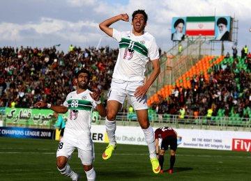 Morteza Tabrizi, the scorer of both goals for Zobahan