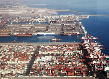 Decline in Iran's Biggest Commercial Port's Throughput