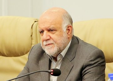 Zanganeh Prefers Higher Gasoline Prices