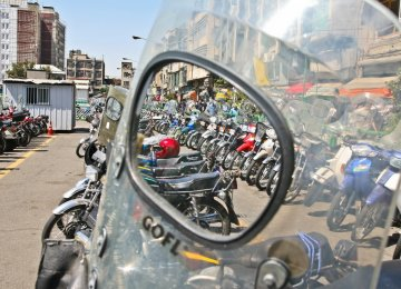 Motorcycles Set to Take Over Tehran, Worsen Air Pollution