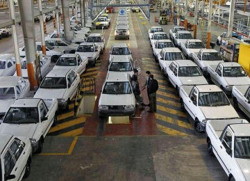 SAIPA Makes Pride With 45% Import Dependence
