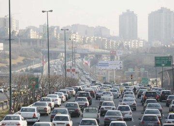 400,000 Clunkers Cram Tehran Roads