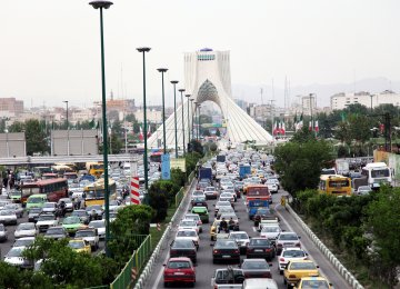 Tehran Gears Up for New Foray Against Polluting Cars