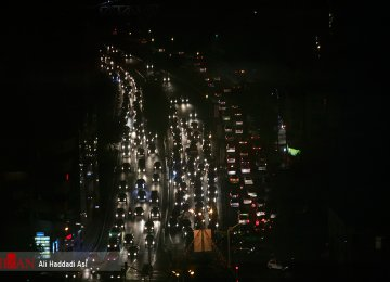 Trapped by Thousands of Old Clunkers Tehran Traffic Problems Persist