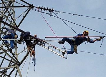 2-Week Winter Inspection of Tehran Powerlines Underway