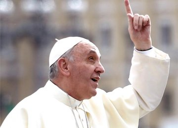 Pope Calls on Europe to Share Refugee Burden