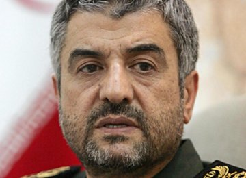 IRGC Throws Weight Behind Negotiating Team