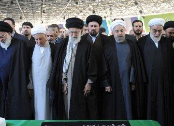 Ayatollah Mahdavi Kani Laid to Rest