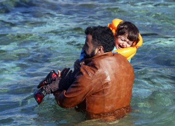 6 Migrant Children Drown Off  Aegean Coast