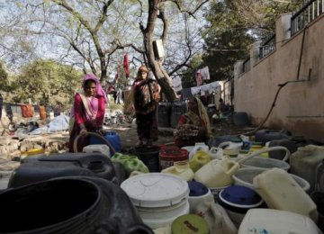19 Die in Indian Sectarian Riots