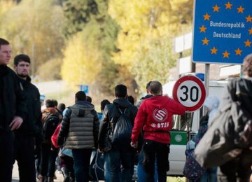 Germany Sends Migrants Back to Austria
