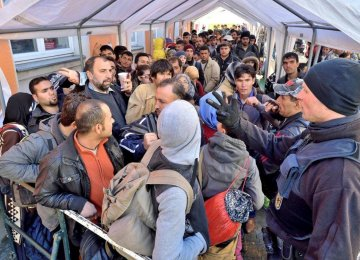 Refugees Vanish From German Centers