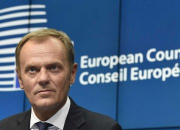 Tusk: Schengen May Fail in Two Months