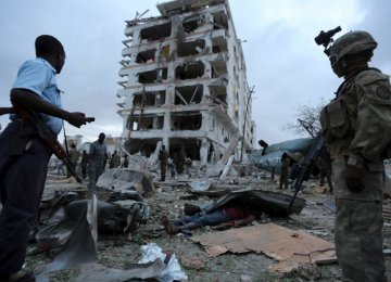 10 Killed in Somalia Hotel Attack