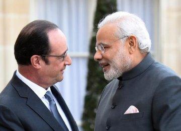 Hollande Begins India Visit