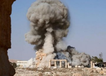 IS Blows Up Palmyra's Ancient Tower Tombs