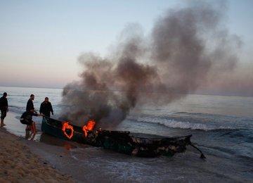 Israel Navy Attacks Palestinian Fishermen
