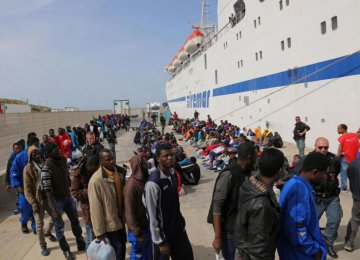 Record Influx of Migrants Into Europe