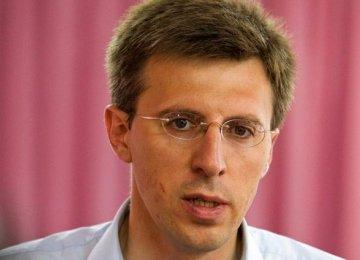 Pro-European Candidate Wins Moldova Vote