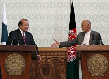Ghani Initiates AfPak  Intelligence-Sharing Deal