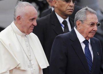 Pope Francis Praises US-Cuba Rapprochement