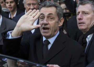 Sarkozy Wins Party Leadership With Eye to Presidency
