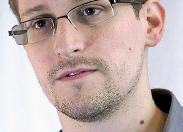 Snowden Takes on Democracy, Surveillance in Online Address