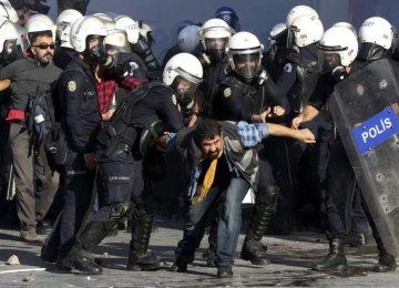 Turkish  Anti-IS Unrest Toll Rises