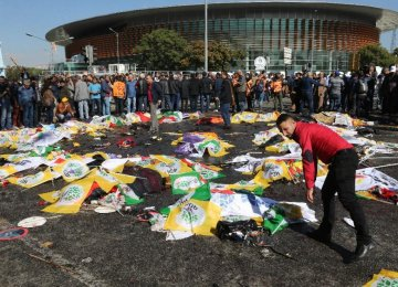 Turkey in Mourning After Blasts
