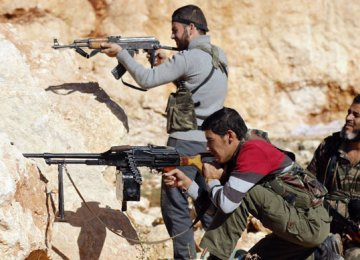 Pentagon Begins Training Syrian Rebels to Fight IS