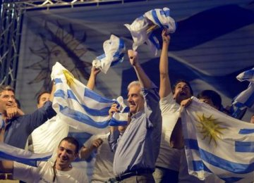 Uruguay Presidential Vote goes to Run-off