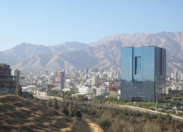 Iran's Economy Poised for Growth Despite Sanctions