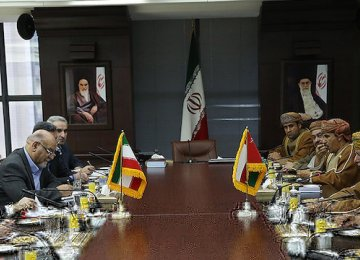 Iran, Oman Discuss Transport Ties